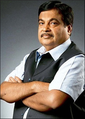 Gadkari.interview.jpg