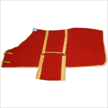 Red Color Quilted Horse Rug With Bellywrap
