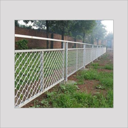 Aluminum Fence Manufacturers, Aluminium Fence Suppliers and