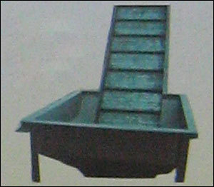 SLAT CONVEYOR CHARGE END HOPPER in  Rabale