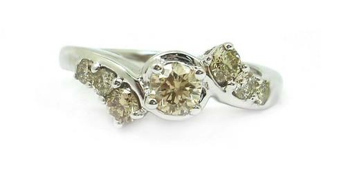 Diamond Egl Certified L Si 10k White Gold Ring (0.77 Ct Round Cut )