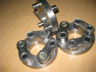 Butterfly-Universal Coupling