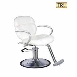 Salon Chair In Gurugram, Salon Chair Dealers & Traders In Gurugram