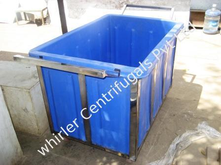 Laundry Ss Trolley With Plastic Basket