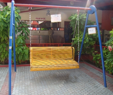 Family Swing Without Shelter