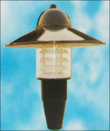 Stella Post Top Lamp