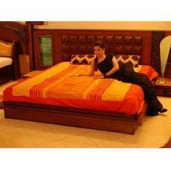 Cane Bed