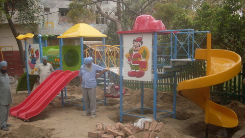 Playground Equipments (Model-Ab-1002)