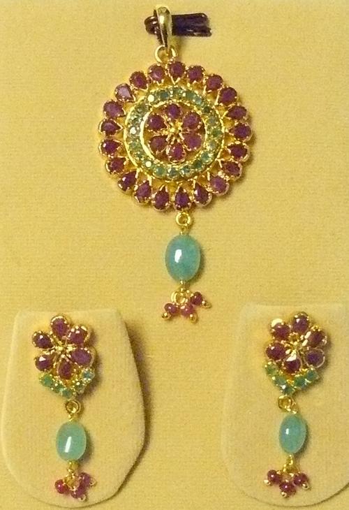 Precious Stone Pendant Set