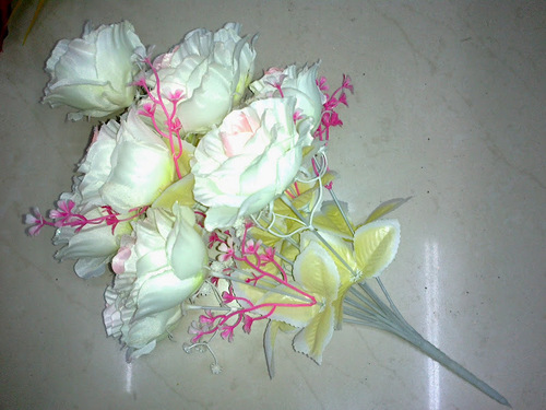12h Silky White Rose Bunch Artificial Flower
