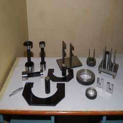 Gauges And Inspection Fixture in  Prakash Nagar