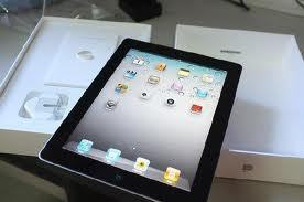 32GB iPad (Apple)
