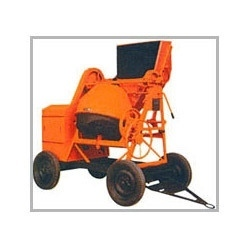 Concrete Mixer With Pneumatic Wheels