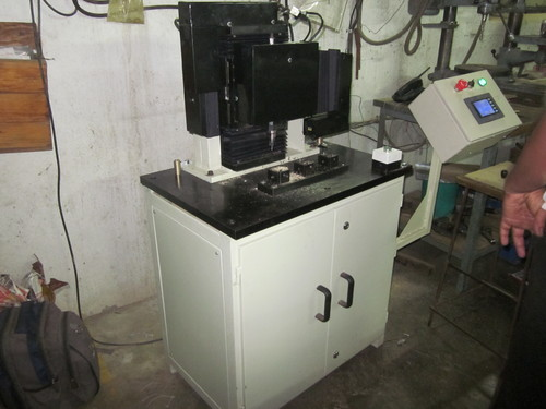 Special Tapping Purpose Machine