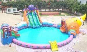 Inflatable Land Water Park
