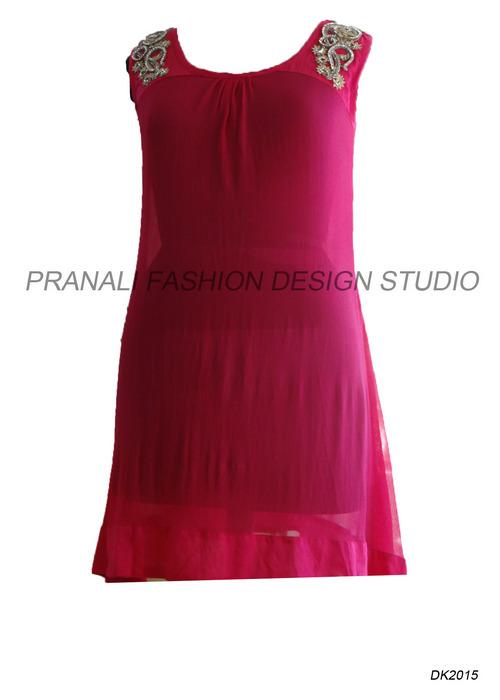 Designer Tunics Pranali Fashion Design Studio L 19 Surya Kiran Apt Opp Vodafone Store Ghod Dod Road Surat India