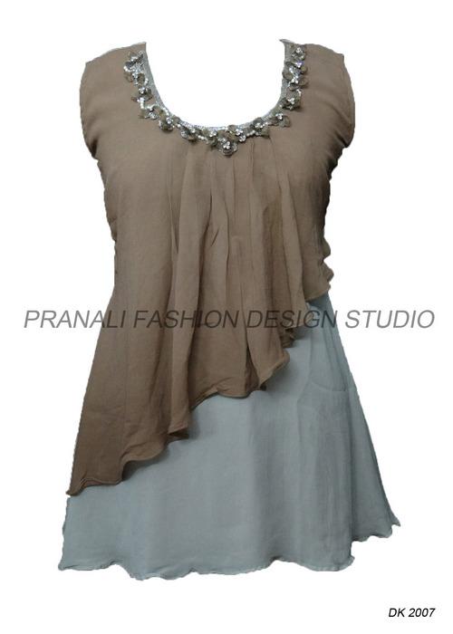 Fashion Ladies Kurtis At Best Price In Surat Gujarat Pranali Fashion Design Studio