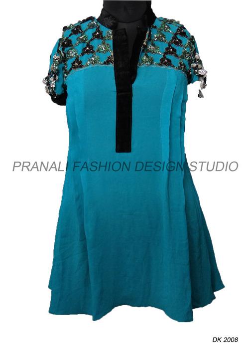 Ladies Designer Tunics At Best Price In Surat Gujarat Pranali Fashion Design Studio