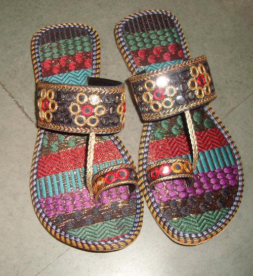Designer Kolhapuri Slipper