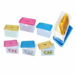 Plastic Bread Boxes