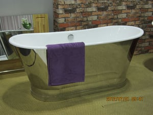 Cast Iron Bathtub with Stainless Steel Skirt