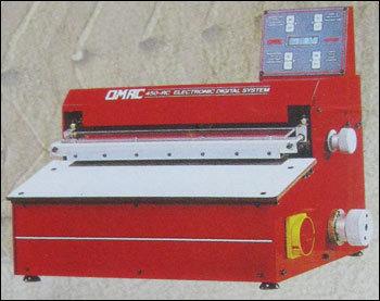 Linear Folding Machine