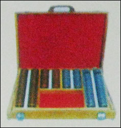 Trial Case (Golden Silver/Red And Black)