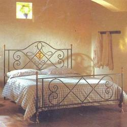 Handcrafted Iron Beds