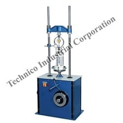 Triaxial Load Frame