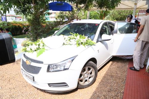 Bride Car Flower