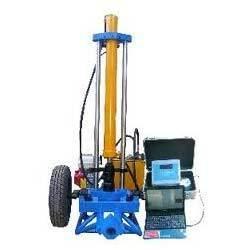 Digital Cone Penetrometer Displacements Indicator