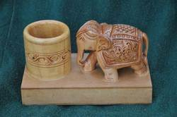 Wooden Decorative Pen Stands