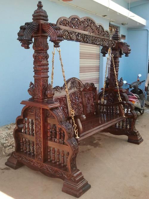 Swing Madhu Handicrafts Shop 1736 Akbar Road Mandi Mohalla
