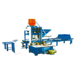 Automatic Hydraulic Flyash Brick Machine in  Venkatapuram