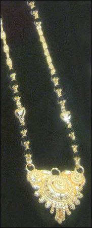 Gold Necklace in  Bhuleshwar