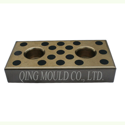Self-Lubricating Plate for Mould Components