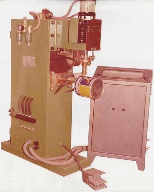Ear Lug Spot Welding Machine
