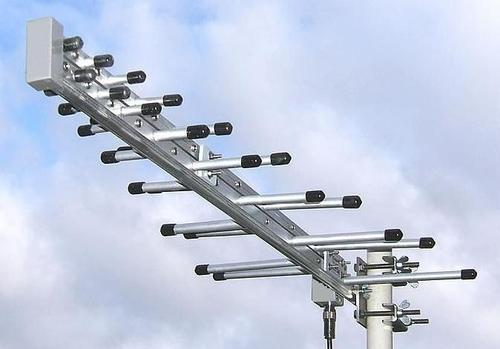 Log Periodic Dipole Antenna