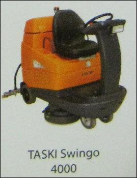 Carpet Cleaning Machine Taski Aquamat 30 In New Delhi