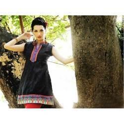 Ladies Designer Black Kurtis
