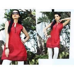 Ladies Designer Printed Bordered Kurtis