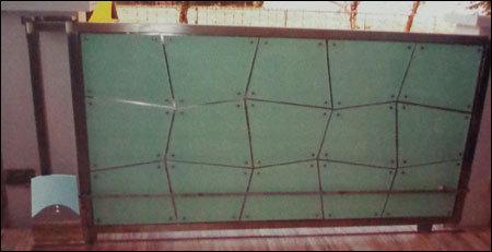 Sliding Gate in  Dahisar (E)