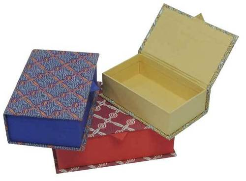 Paper Gift Boxes (GB 007)