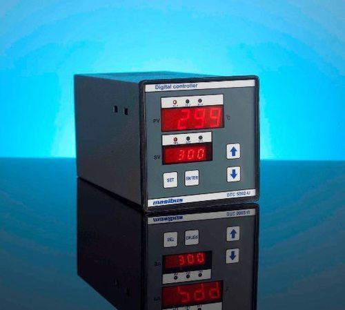 Display Control Record Controller (010-Z-Digital)
