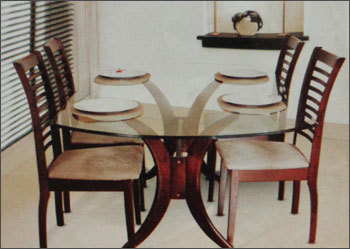 4 Seater Gl Top Dining Table