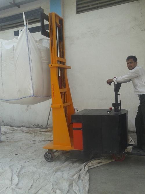 Battery Operated Jumbo Bag Lifter