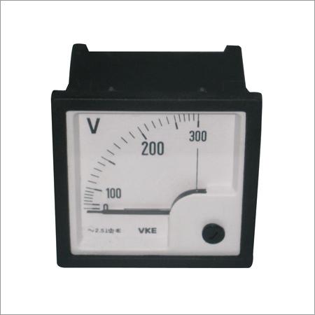 Voltmeter Self Clamping (300V AC 72mm)