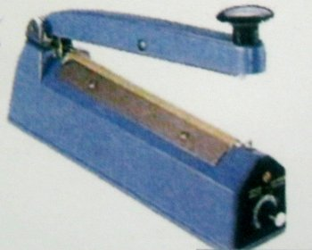 Hand Sealer in  Universal Indl. Est.-Goregaon (E)