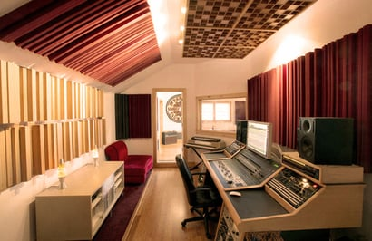 Acoustic System For Home Recording Studios