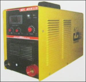 Mma 400 Welding Machine in  Okhla - Ii